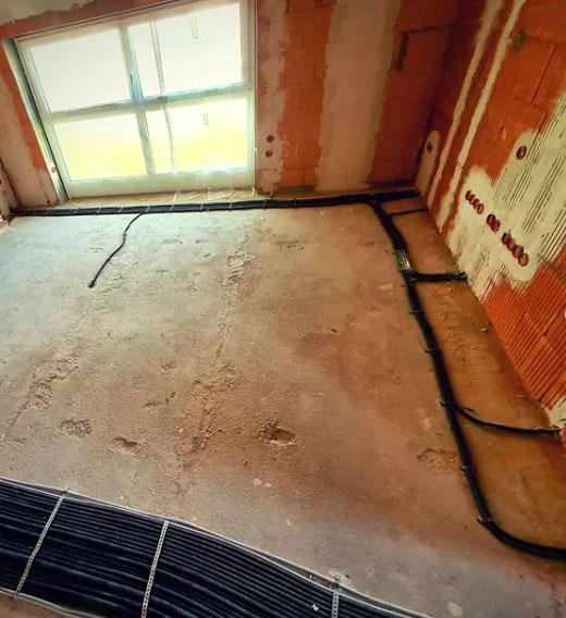 Fußboden eines Innenraums des Rohbaus